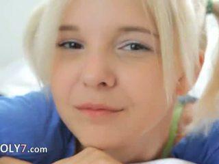 18yo blondie teasing i masturbate