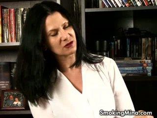 zien roken scène, mooi video, grote tieten kanaal