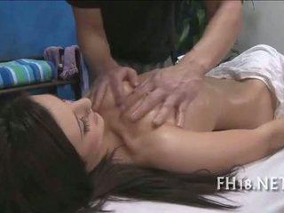 جذاب 18 عام قديم فتاة gets مارس الجنس شاق