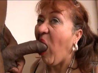 Picked нагоре стар испански баба за screwing pleasures