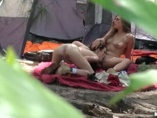 Renna Ryann With Hot Chick Do Pussy Take Up With The Tongueing