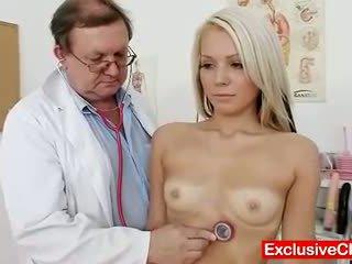 איכות מוזר באינטרנט, חתולה חם, מדורג רופא נחמד