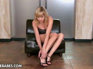 hq striptease porno, echt babes porno, vol lange benen