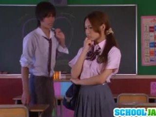 아시아의 여학생 yukina momota