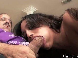 Χαριτωμένο νέος lynn αγάπη sucks και fucks πρωκτικό σεξ s τέρας