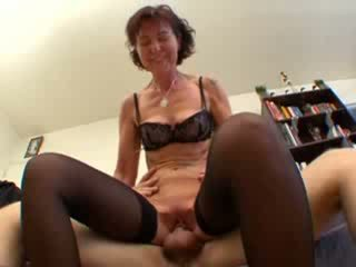 French mature sodomized in stockings