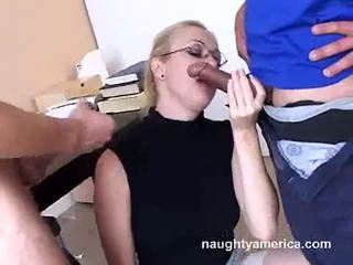 Adrianna nicole blows 2 greu meat weenies alternately