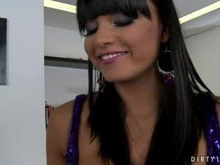 חזה גדול lezbo sasha cane יכול לא מצפה כל longer ל לקבל שלה גוף licked כל יותר