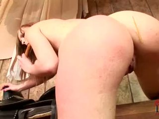 Gitta blond needs her oozing tutmak fucked by more then this plastikden sik