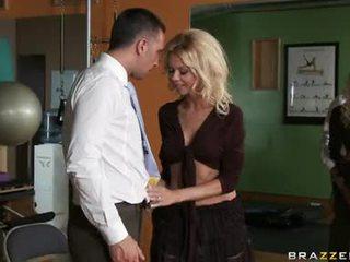 u pijpen scène, echt blondjes film, zuig-