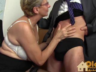 big boobs, vecenīte, lielas krūtis