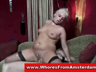Milf prostituee geneukt en jizzed