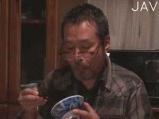 日本, 舔, 指法