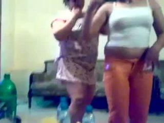 Arab iraqi مثليه dance