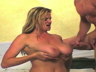Kelly madison cumpilation 在 高清晰度