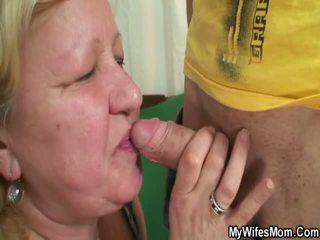 Istri finds dia orang hubungan intim oustanding grandmother