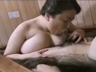 亚洲人 成熟 大美女 mariko pt2 bath (no censorship)