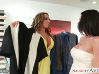 Babes Richelle Ryan And Veronica Avluv Sharing A Big Cock