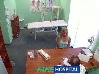 FakeHospital Patient tries doctors sperm to get pregnant