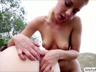 kijken brunette, grote borsten, vol kindje porno