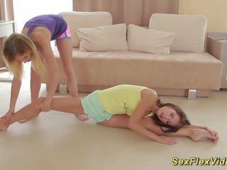 Plastiskās girlfriends stretching, bezmaksas hd porno 36