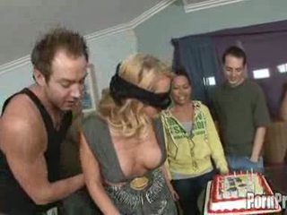 nenn blondinen online, kostenlos gruppensex kostenlos, ideal große titten