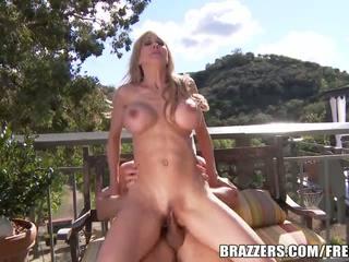 Brazzers - Milf Brandi love sucks big cock
