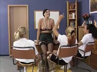 grupu sekss, lesbietes, old + young, hd porno