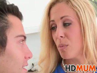 Licking lessons с mum