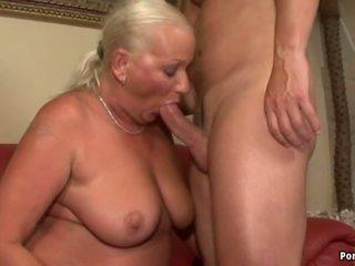 ボインの おばあちゃん アナル: フリー リアル おばあちゃん ポルノの 高解像度の ポルノの ビデオ 77