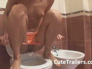pissing, nhà vệ sinh, teen