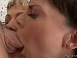 Adrianna nicole dana dearmond loves να δίνουν blowjobs