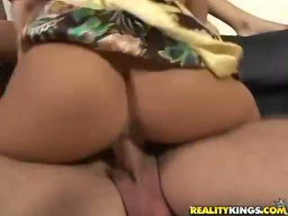 Sexy bitch Jaclyn Case throats cocks then gets it slammed up twat