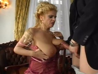 quality blondes great, more milfs great, big natural tits