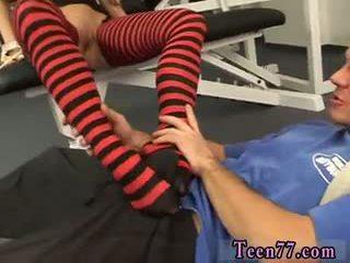 brunette film, zien pijpbeurt video-, plezier voet fetish tube