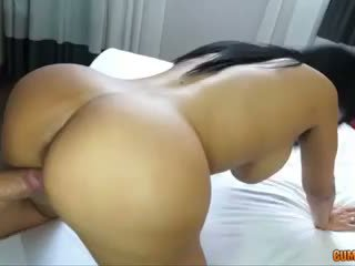 ideal brunette, booty, puta posted