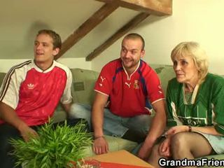 70 years starý suka lost bet a gets fucked