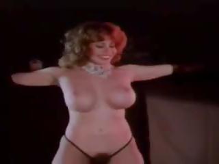 striptease neuken, een grote tieten porno, heet wijnoogst scène