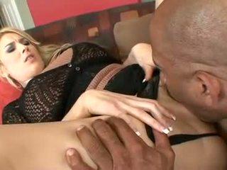Slutty білявка ciera sage feels the масивний пеніс whacking її кицька дика