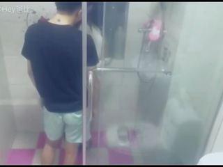 Chinese Cam Girl 鹿少女 miss Deer - Shower Sex