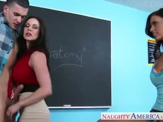 Sex teachers kendra lust a whitney westgate sharing vták v trieda
