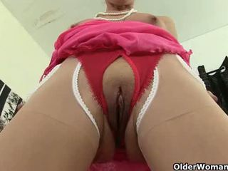 you cougar porn, gilf posted, see tights porno