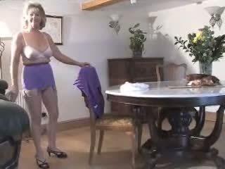 beste striptease video-, echt oma film, heetste grote tieten neuken