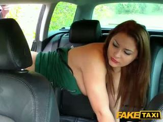 Amateur have no money to pay her fare