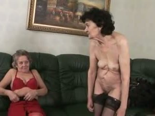 레즈비언, 온라인으로 할머니, 성숙