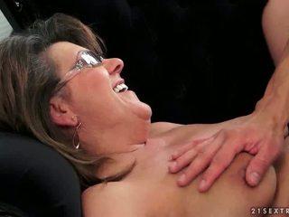 Young guy fucks hot grandma