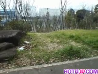 Miyuki hashida sucks boner 에 streets