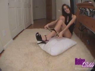 Haley wilde slaps sie eng heiß arsch als sie gets gefickt schwer doggy stil