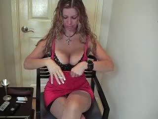 Horny Wife found on Milfsexdating.net