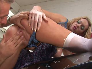 Wavy Haired Paige Ashley Want to get Adventurous and...